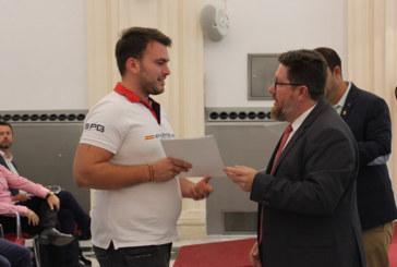 Entrega de ayudas en Granada a la modernización de fincas