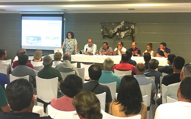Asamblea de AFE celebrada este viernes en El Edén de El Ejido.