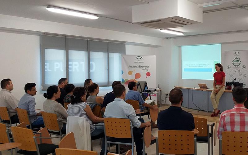 Jornada sobre el mercado de EEUU organizada por Extenda en el puerto de Almería.