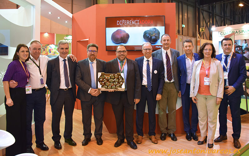 CASI, La Palma, Biosabor y Unica con tomate Adora en Fruit Attraction 2018.