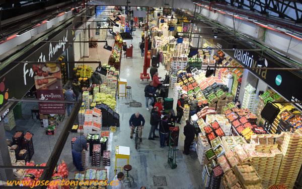 Mercado mayorista de Frutas y Hortalizas, Mercabarna.