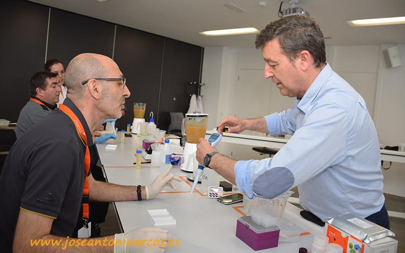 Citrosol forma a técnicos a pie de central en el uso del laboratorio Easy Kit