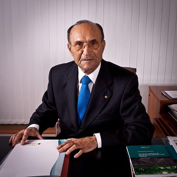 Obituario Juan del Águila