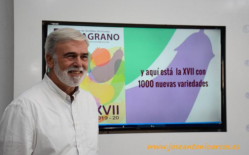 José Marín, autor y editor del vademécum de semillas hortícolas, el Portagrano.