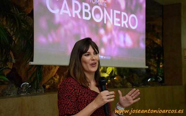 María del Mar García, especialista de cultivo de tomate en Murcia de Semillas Fitó.