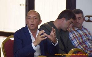Juan Enrique, Viagro; con Germán Aguilera, Campoejido; y Gervasio Tapia, Costa de Níjar. /joseantonioarcos.es