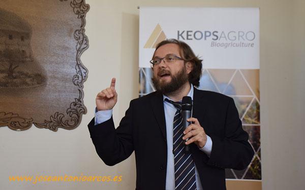 José Antonio Arcos en la jornada sobre epigenética de Keops Agro en Huelva. /joseantonioarcos.es