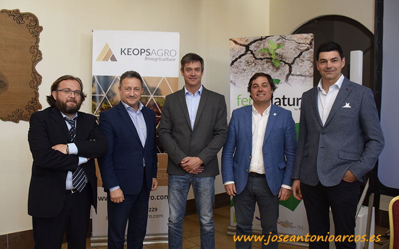 José Antonio Arcos con Manuel Torreglosa, Carlos Meza, Álvaro Barrera y Francisco del Águila. /joseantonioarcos.es