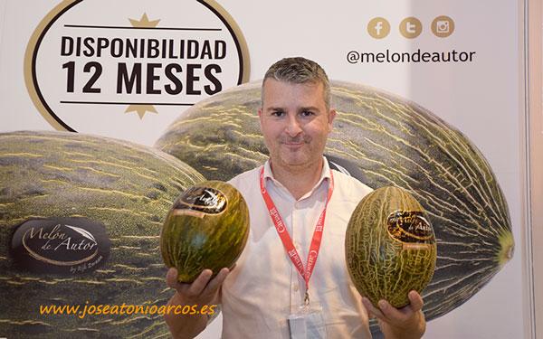 Iván Ramos con Melón de Autor. /joseantonioarcos.es