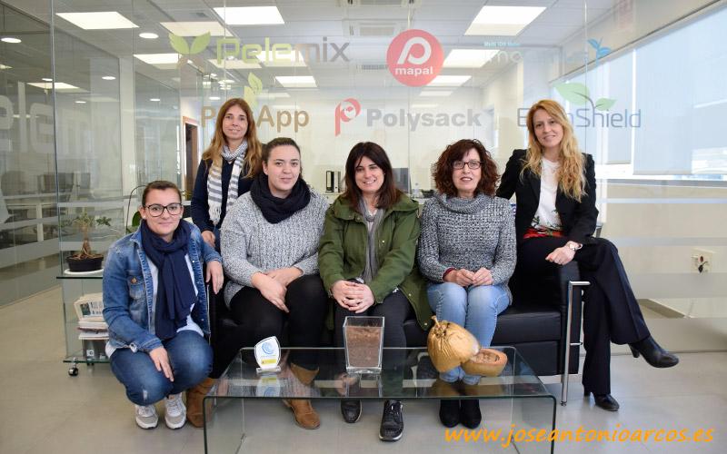 Miembros del equipo de Pelemix España. /joseantonioarcos.es