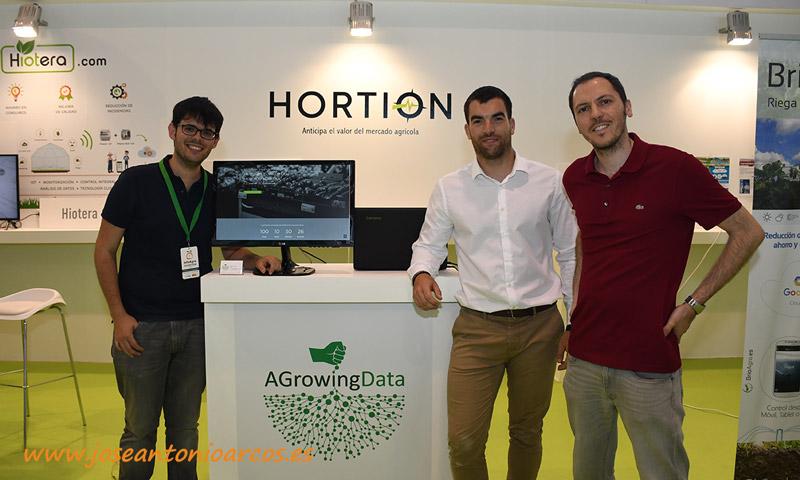 A través del portal Hortion. Parte del equipo de AgrowingData que ha hecho posible el primer modelo predictivo de precios agrícolas. /joseantonioarcos.es