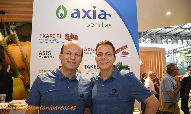 Rosen Angelov y Marcos Enriquez, de la empresa NEOBLX. /joseantonioarcos.es