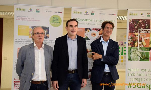 Antoni Marrugat, Pere Prats y Pablo Campra en Mercabarna. /joseantonioarcos.es