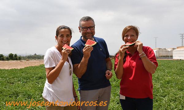 María José Marí, Juan Pedro Pérez Abellán y Mercedes Fernández. /joseantonioarcos.es