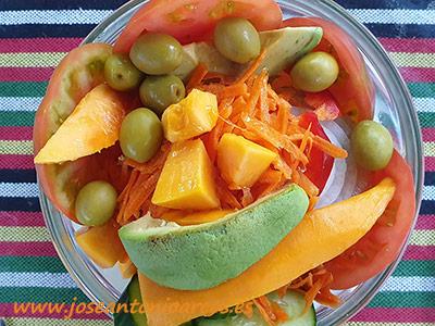 Ensalada con frutas tropicales. /joseantonioarcos.es