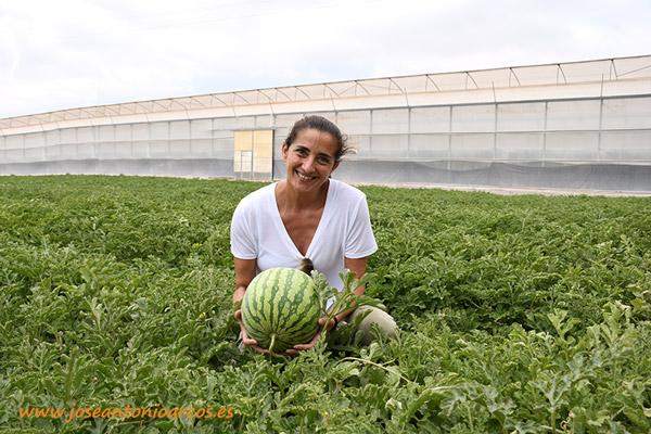 María José Marí, marketing de Nunhems, con Bazman. /joseantonioarcos.es