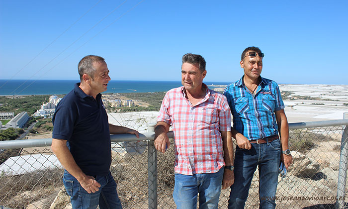 Desde la finca de José Luis se observa una bonita panorámica de la Bahía de San Miguel.