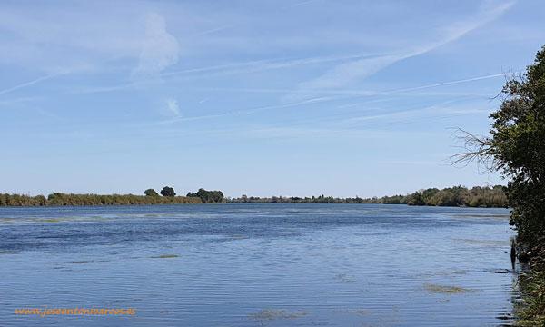 Río Ebro desde Amposta. Delta del Ebro. /joseantonioarcos.es