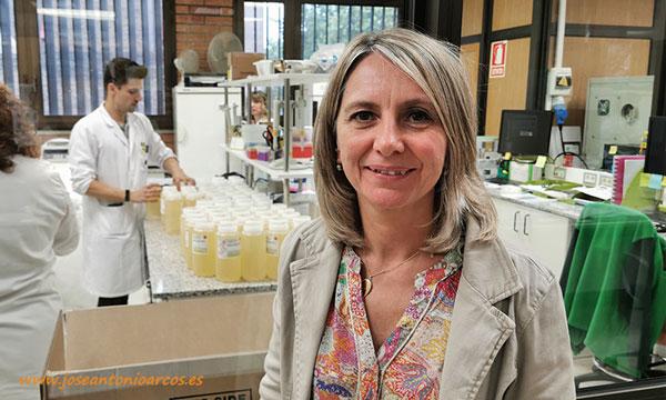 Ana Mª Viles, responsable de Control de Calidad. /joseantonioarcos.es