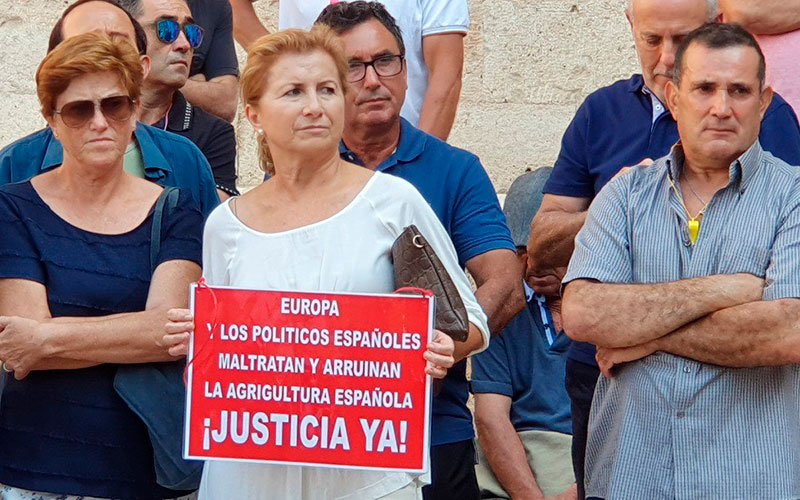 """El pequeño agricultor español exige recuperar la """"preferencia comunitaria"""""""