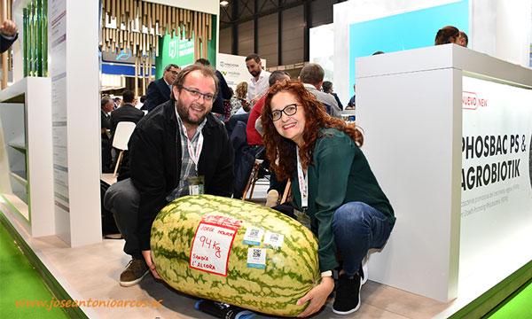 Ana Rubio y José Antonio Arcos con Kimitec Group en Fruit Attraction 2019. /joseantonioarcos.es