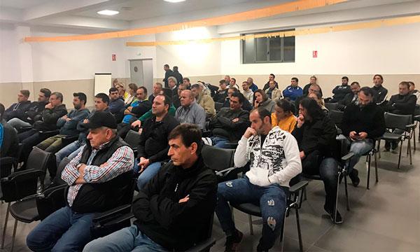Asamblea de Agricultores Independientes en Carchuna, Granada. /joseantonioarcos.es
