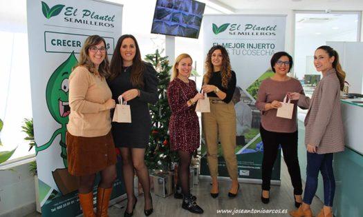 Concurso 'El plantel de jóvenes artistas' de El Plantel Semilleros. Jurado. /joseantonioarcos.es