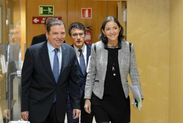 Luis Planas sigue como ministro de Agricultura
