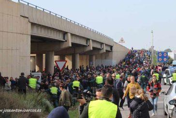 La preferencia comunitaria corta autovías en Almería y Extremadura