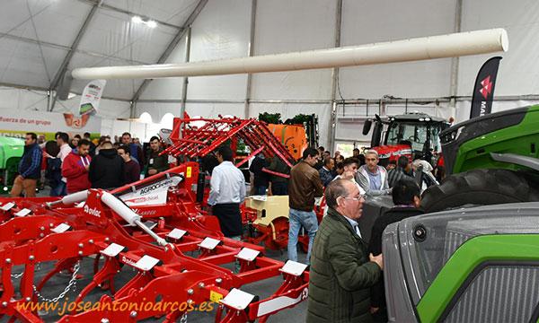 Maquinaria agrícola en la feria de Don Benito, Agroexpo 2020, que se celebra en la provincia de Badajoz. Extremadura. /joseantonioarcos.es