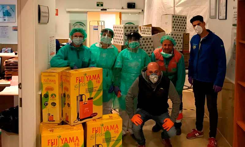 La Unión de Agricultores Independientes (UAI) y Abdera Suministros donan materiales a la Bola Azul de Almería para luchar contra el coronavirus. /joseantonioarcos.es
