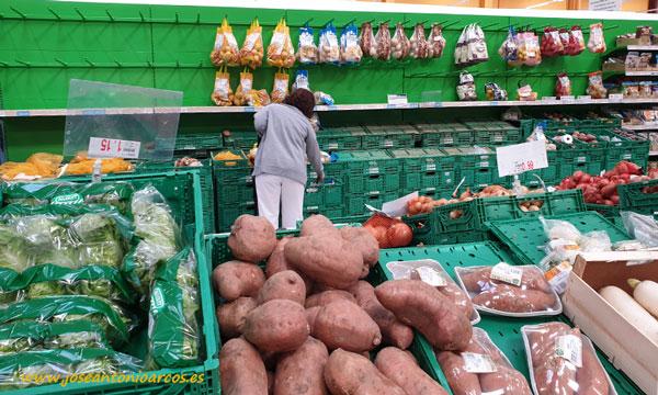 Supermercados. Sección de frutas y hortalizas. /joseantonioarcos.es