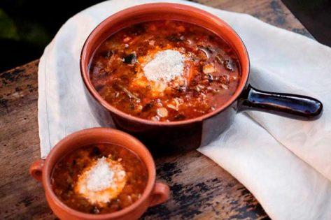 Receta de sopa minestrone con Parmigiano Reggiano-joseantonioarcos.es