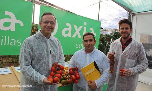 Equipo de Axia Semillas en Almería. /joseantonioarcos.es
