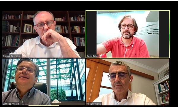 Club de Marketing de Almería con Enrique de los Ríos, Unica Group, y Roberto García Torrente, Cajamar. /joseantonioarcos.es